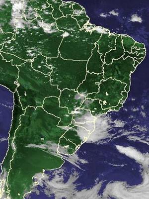 Imagem de satélite mostra ausência de nuvens no interior do Nordeste, onde não deve chover neste fim de semana (Foto: Reprodução/Cptec/Inpe)