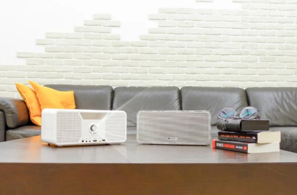 Flicks: projetor, power bank e caixa de som wireless (Foto: Divulgação/Indiegogo)