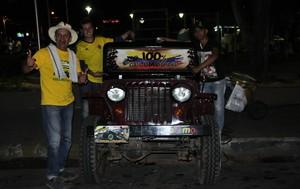 Colombianos viajam mais de 9 mil Km até Cuiabá (Foto: Christian Guimarães)