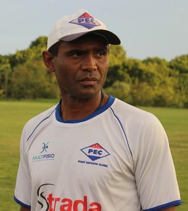 Marcão Enxuga Rato (Foto: Ramiro Pena/GloboEsporte.com)