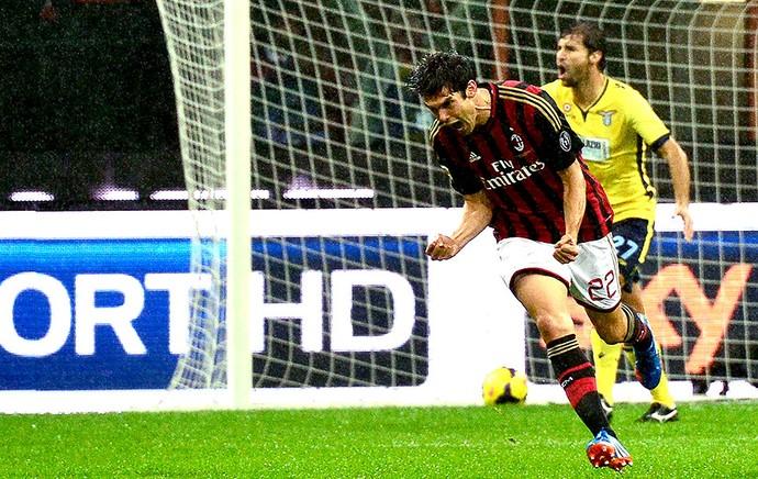 Kaká comemoração gol Milan contra Lazio (Foto: AFP)