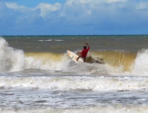 Surf nu, 6ª edição do Tambaba Open de Surf Naturista, Praia de Tambaba, Paraíba, João Pessoa, Surf, Jackson Nogueira (Foto: Richardson Gray / Globoesporte.com/pb)