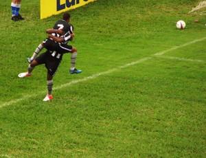 Jogadores do Botafogo comemoram gol contra o Gama (Foto: Filipe Rodrigues/ Globoesporte.com)