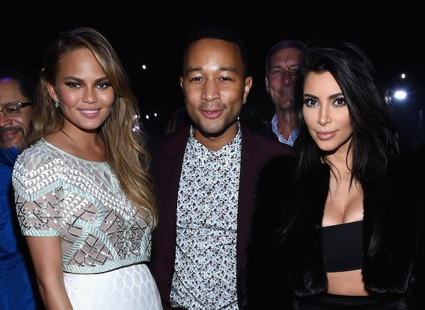 Chrissy Teigen, John Legend e Kim Kardashian (Foto: Getty Images)