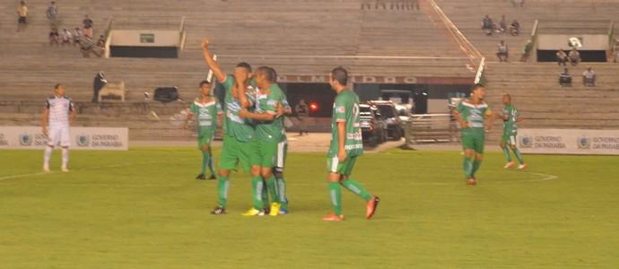 Santa Cruz-PB x Sousa, Estádio Almeidão, gol do Sousa (Foto: Hévilla Wanderley / GloboEsporte.com/pb)