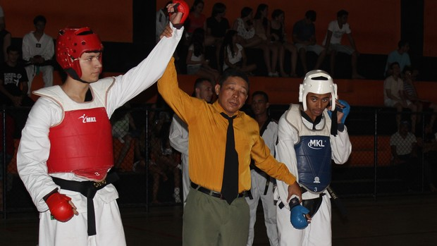 Atletas piauienses disputam Campeonato de Taekwondo em Parnaíba (Foto: Josiel Martins)