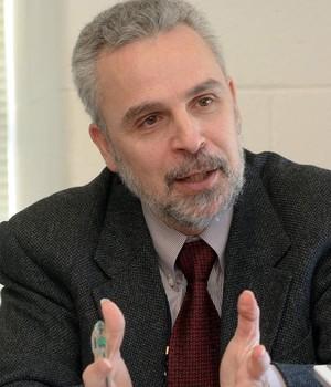 Nikos Passas, Professor da Northeastern University, School of Criminology and Criminal Justice (Foto: Divulgação)