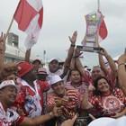 Veja a comemoração da campeã (Abinoan Santiago/G1)