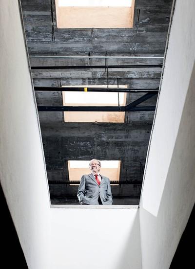 """Jacob Palis, do Impa, se define como um """"atropelador"""" de estruturas burocráticas (Foto: Eduardo Zappia)"""