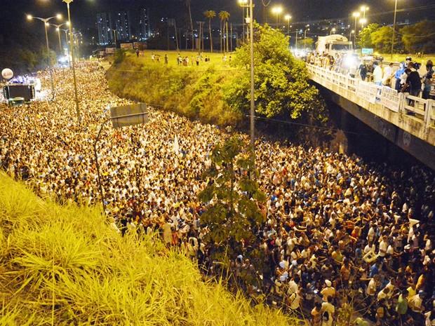Fiéis acompanham a romaria na avenida Pedro II, na Torre (Foto: Divulgação/Secom-JP)