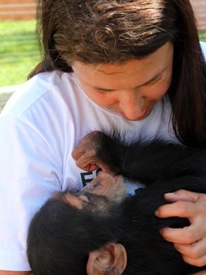 Meire é a 'mãe adotiva' do pequeno César, de 10 meses (Foto: Geraldo Jr./G1)
