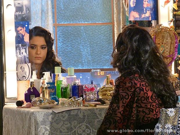 Cristal decide deixar Vila dos Ventos (Foto: Flor do Caribe / TV Globo)
