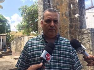 Secretário Alfredo Gaspar disse que o caso será tratado como prioridade na Secretaria de Segurança Pública de Alagoas (Foto: Michelle Farias/G1)