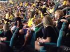 Rio 2016: Davi Lucca e família torcem por Neymar durante jogo em Salvador