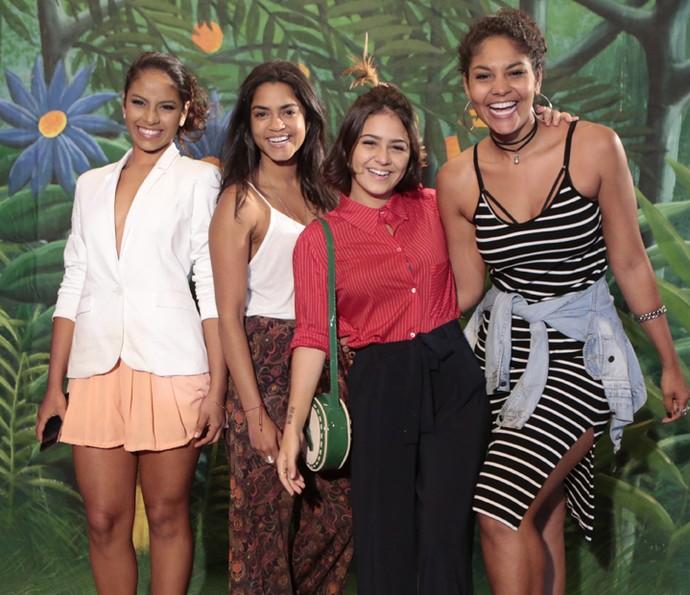 Larissa Góes, Lucy Alves, Giullia Buscacio e Bárbara Reis são só alegria (Foto: Felipe Monteiro/ Gshow)