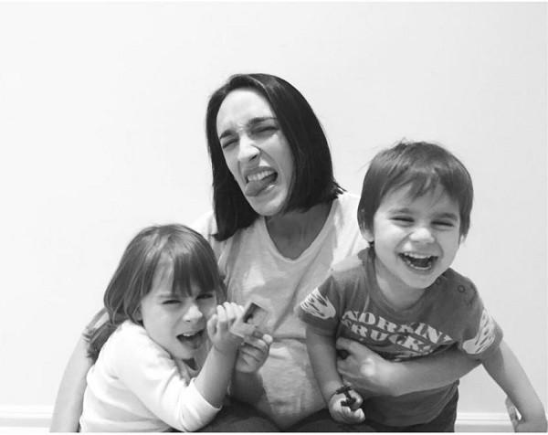Maria Prata publica foto com sobrinhos  (Foto: Reprodução Instagram)