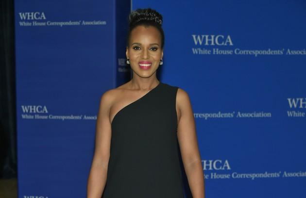 A gravidez de Kerry Washington foi disfarçada em 'Scandal'. Em 2013, durante a gestação de sua primeira filha, a terceira temporada foi encurtada (Foto: AP)