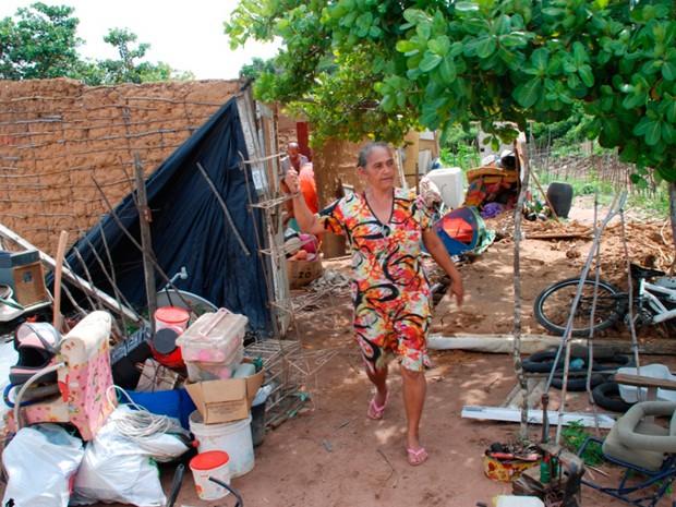 Famílias foram transferidas e barracos demolidos na zona Oeste de Natal (Foto: Marco Polo)