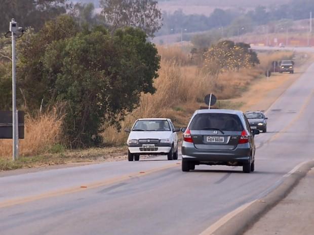 Radares de rodovias estaduais somam 2 anos sem funcionar em Minas Gerais, varginha (Foto: Reprodução EPTV)