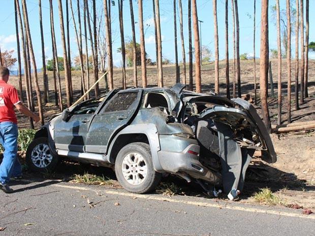 Em cada carro tinha cinco ocupantes (Foto: Sessé Guimmas/Site Medeiros Dia a Dia)