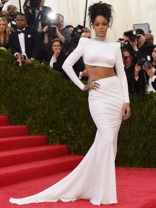 Rihanna no MET Gala (Foto: AFP / Agência)