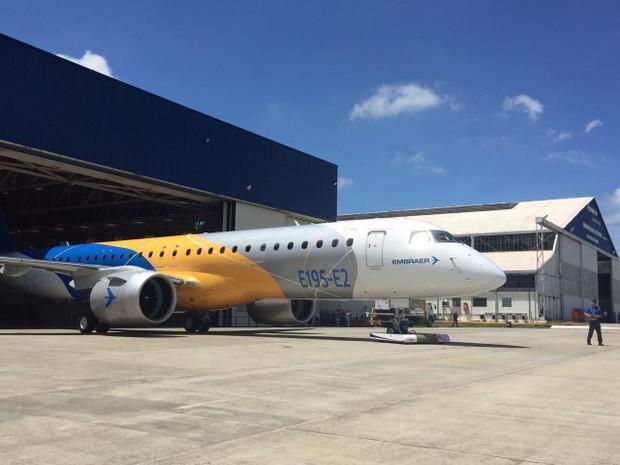 embraer - [Brasil] Embraer apresenta em S. José maior jato comercial produzido no Brasil Embraer1