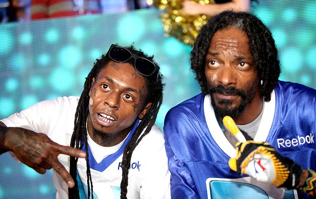 cantores Lil Wayne e Snoop Dogg participam do Beach Bowl (Foto: Getty Images)
