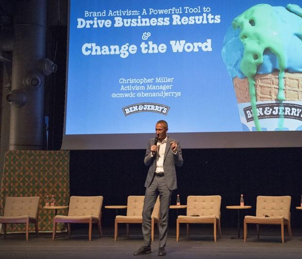 Chris Miller durante palestra em São Paulo (Foto: Divulgação Sustainable Brands)