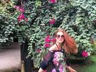 Marina Ruy Barbosa posa com vestido curtinho