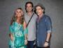 Bruna Lombardi vai com a família a show de Djavan