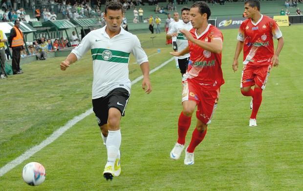 Djair na vitória do Coritiba sobre o Paranavaí (Foto: Divulgação / Site oficial do Coritiba)