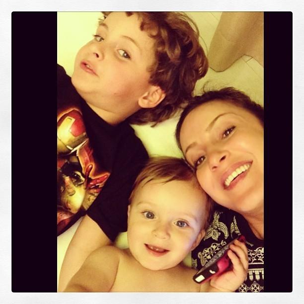 EGO - Claudia Leitte posa com o filho mais novo, Rafael ...
