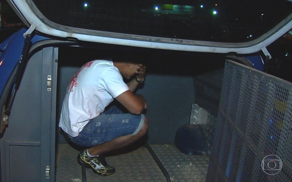 Ao todo, seis motoristas bêbados foram presos no final de semana em Goiás (Foto: Reprodução/TV Globo)