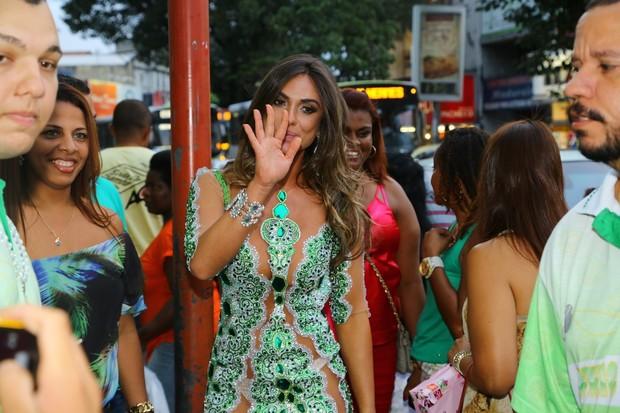 Nicole Bahls na Império Serrano (Foto: Marcello Sá Barretto/ Ag. News)