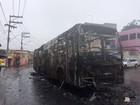 Ônibus é incendiado em protesto contra morte de jovem em Paripe
