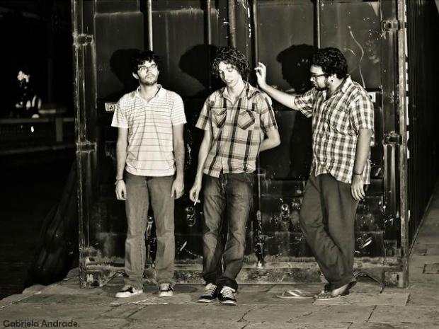 A banda existe desde 2008 e conta com esta formação desde 2011 (Foto: Gabriela Andrade)