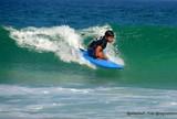 Menino que encantou Medina disputa Mundial de surfe adaptado nos EUA