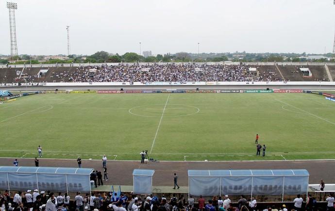 COR X POR Estádio Morenão  (Foto: Rodrigo Faber)
