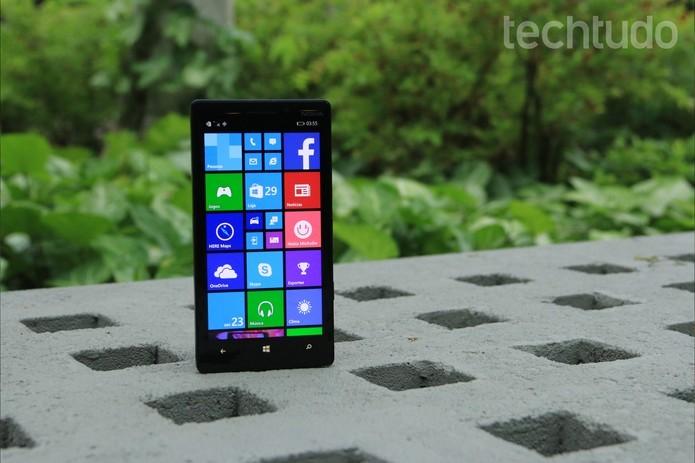 Lumia 930 ainda pode ser uma boa opção para alguns usuários (Foto: Lucas Mendes/TechTudo)