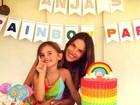 Alessandra Ambrósio comemora aniversário da filha