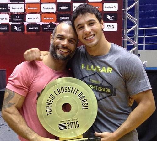 O treinador Júnior Carvalho e o atleta Anderson Primo, o grande vencedor (Foto: Divulgação)