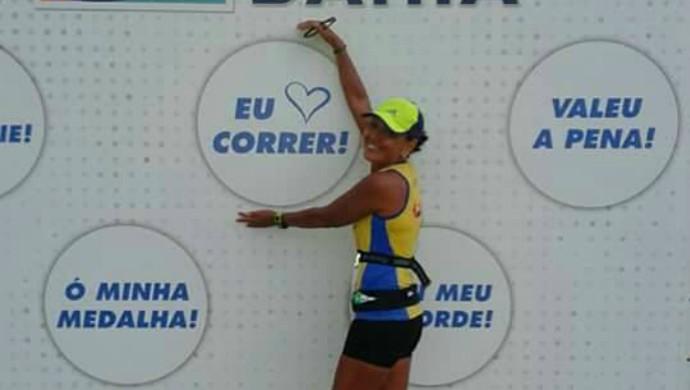 Tânia Pombo conquistou medalha de ouro na Maratona Caixa da Bahia 2015 (Foto: Tânia Pombo/Arquivo Pessoal)