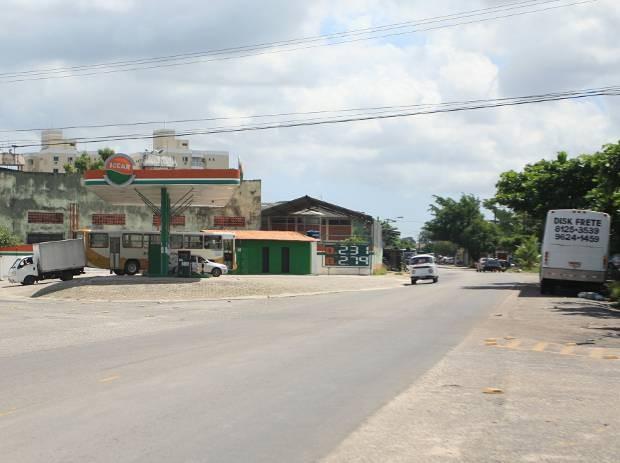 Duplicação da avenida Perimetral vai custar R$ 70 milhões; recursos são do governo do estado e BNDES. (Foto: Igor Mota/Amazônia Jornal)