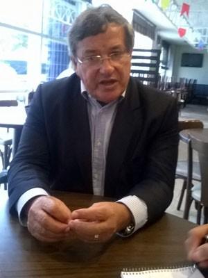 Presidente do PTB Benito Gama confirmou apoio à candidatura de Aécio Neves (Foto: Lílian Marques)