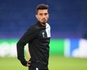 Com passaporte, Alex Telles admite possibilidade de defender a Itália