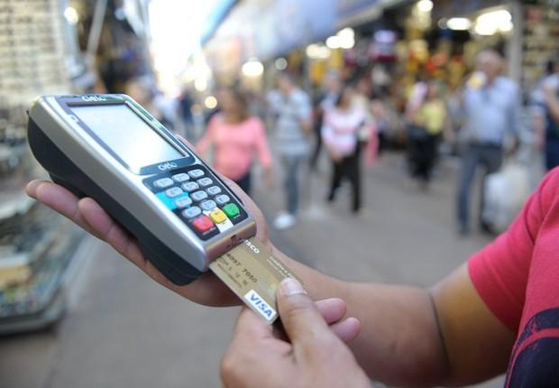 Cartão de crédito ; cartões de crédito ; venda parcelada no cartão ; inadimplência ; juros ;  (Foto: Jefferson Rudy/Agência Senado)