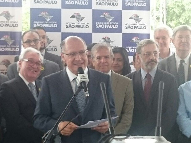 Alckmin esteve em Rio Preto nesta segunda-feira (30) (Foto: Marcos Lavezo/G1)