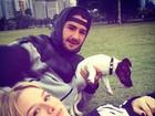 Fiorella Mattheis curte fim de tarde com Alexandre Pato: 'No parque'