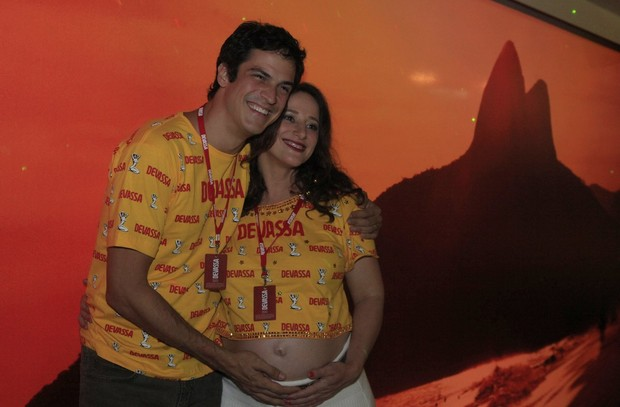 Mateus Solano e Paula Braun (Foto: Isac Luz/EGO)