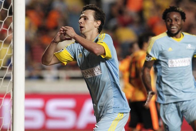 Maksimovic, Apoel x Astana (Foto: Agência AP)